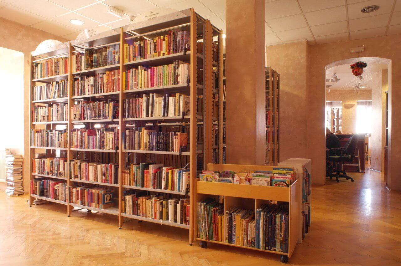 Gradska knjižnica i čitaonica Beli Manastir